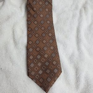 Calvin Klein Mens Tie Brown Silk. Condition is Pre